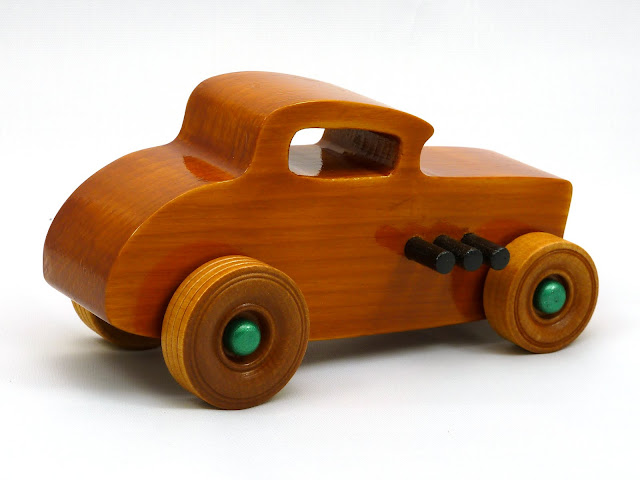 Right Side Rear - Wooden Toy Car - Hot Rod Freaky Ford - 32 Deuce Coupe - Pine - Amber Shellac - Metallic Green