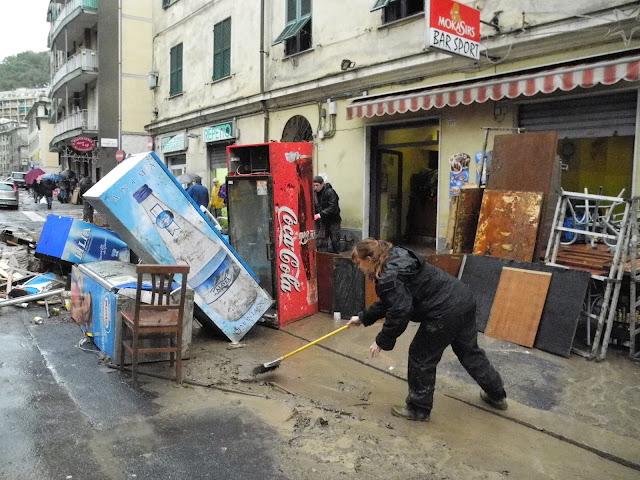 negozio-alluvione-Genova-danni