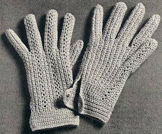 Vintage Gloves Crochet Pattern