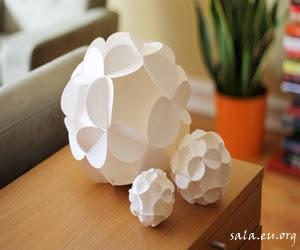 Making 2 Flower Handicrafts From Unique Paper