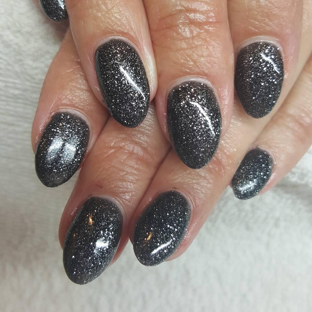 nail-art-glitter