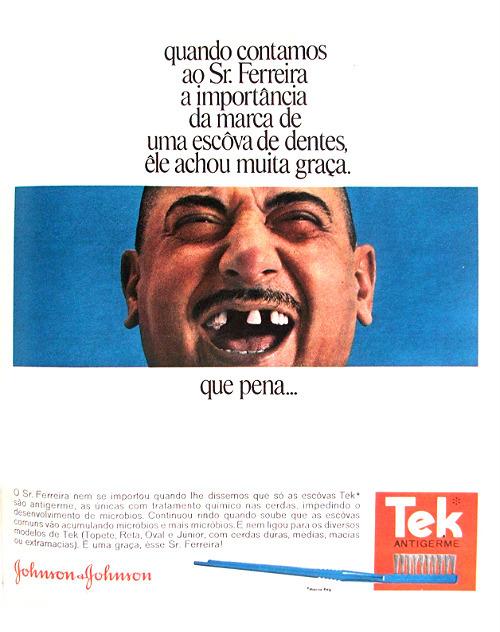 Propaganda antiga das Escovas Ter com uma boca sem dentes em 1968