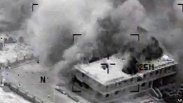 """بالفيديو عشرات القتلى بغارات """"إف 16"""" على مواقع مسلحين بسيناء"""