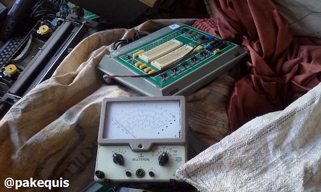 Protoboard e medidor