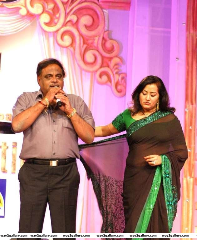 In an interview with The Times of India Sumalatha revealed it was the rebel attitude and talkative nature of Ambareesh which made her fall in love with him