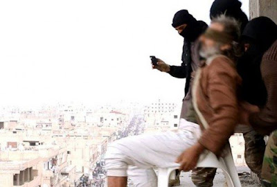 ISIS militants throw gay man off  7-story building in Syria (file photo).