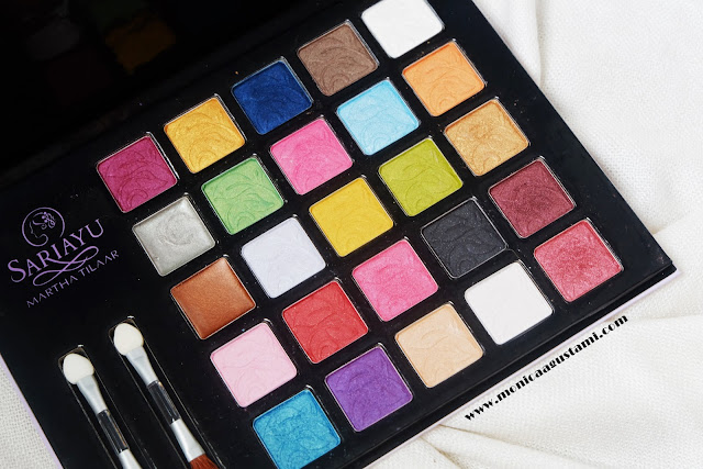 Review Sariayu Eyeshadow Palette