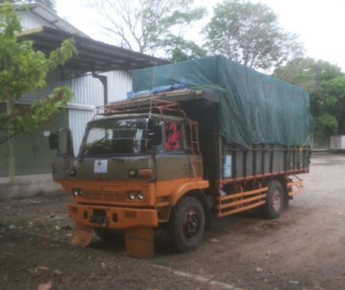 Sewa truk fuso Jakarta Surabaya
