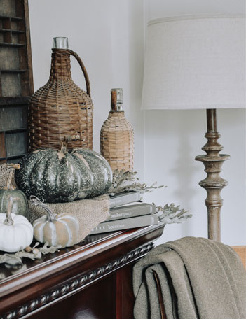9 Tips for Creating a Warm + Cozy Fall Home Regardless of your style or skills