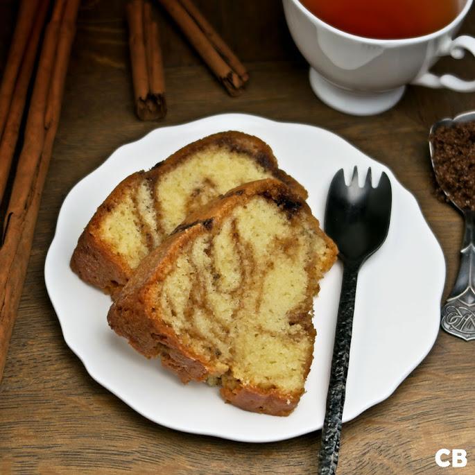 Recept Cinnamon swirl cake: een verdraaid lekkere tulband met een marmering van kaneelsuiker!