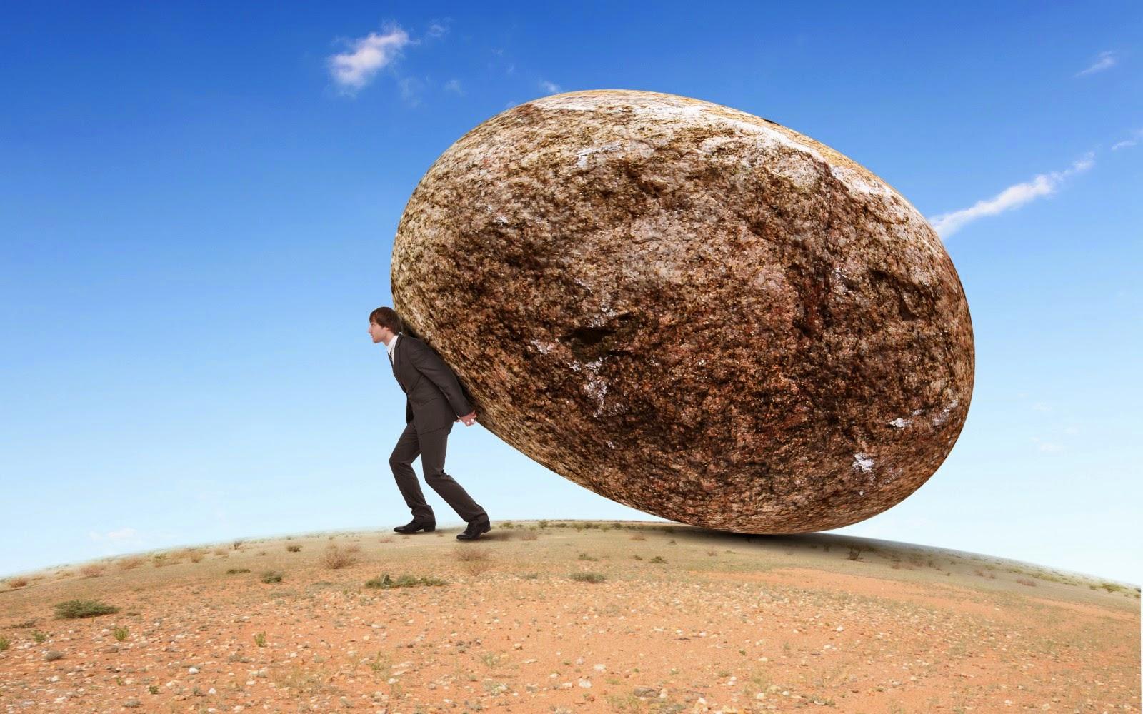 Đỡ những tảng đá