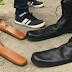 Παπούτσια νούμερο 75 - Ο έξυπνος τρόπος για να κρατιούνται οι αποστάσεις