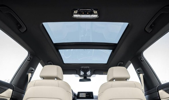 BMW-6-series-gran-turismo-panoramic-sunroof.jpg