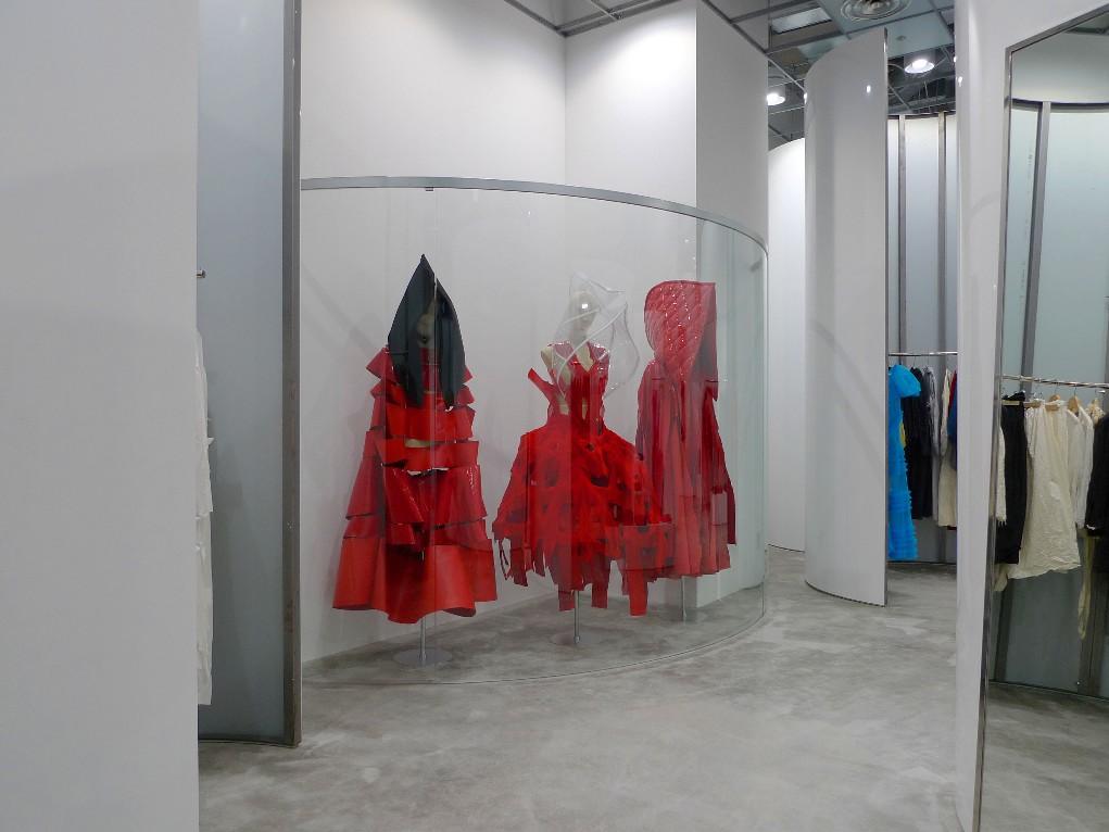 TM CDG:OPEN ! TOKYO MIDTOWN TRADING MUSEUM COMME des GARCONS|コムデギャルソン店舗マップ