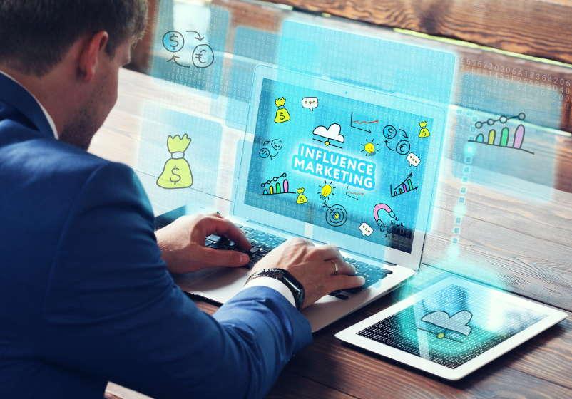 Herramientas digitales Marketing digital con licencia de Adobe Stock para homodigital