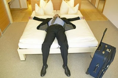 5 Things You Should Never do if You Want a Decent Sleep at a Hotel
