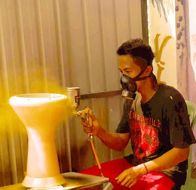 Proses painting darbuka