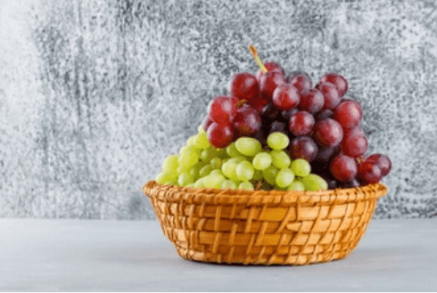 Benefits of red, black and green grapes for children and adults