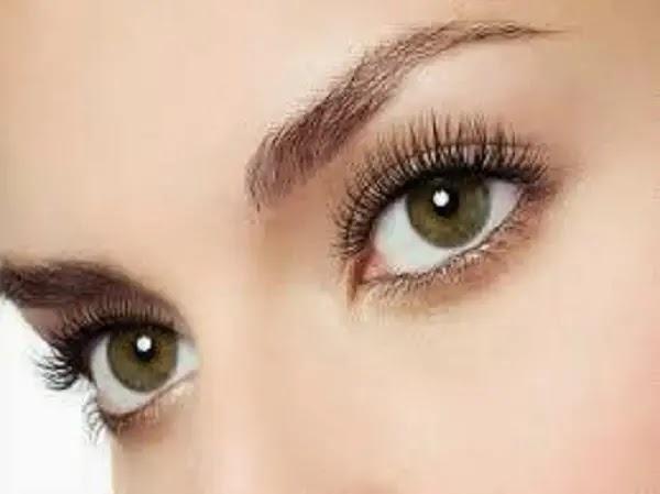 كيف تحصلين على عيون لامعة كالكريستال؟