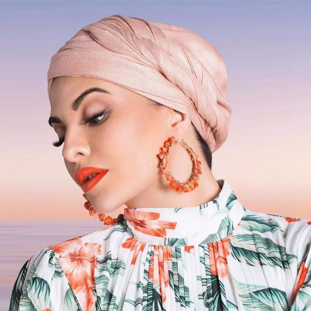 Jacqueline Fernandez scarf hairstyles