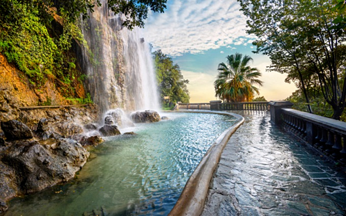 These destinations should be in the city of Nice