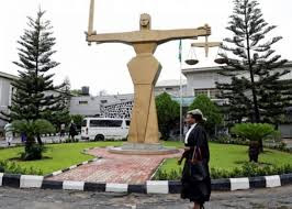 Court detained 3 men in guardianship for supposed banditry, ownership of weapon