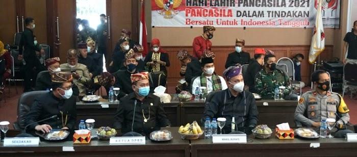 PKD dan Wakil Ketua DPRD Lamsel Ikuti Upacara Hari Lahir Pancasila