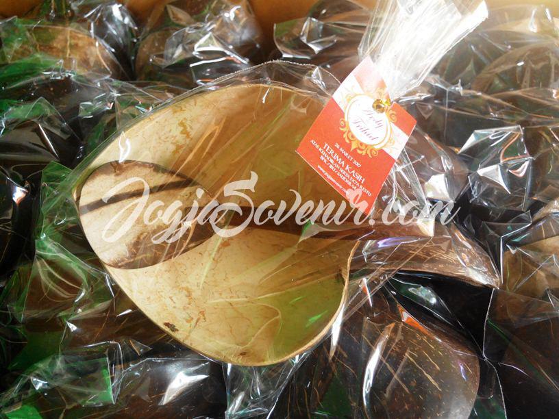 Souvenir Pernikahan Batok Kelapa Mangkok Sambal