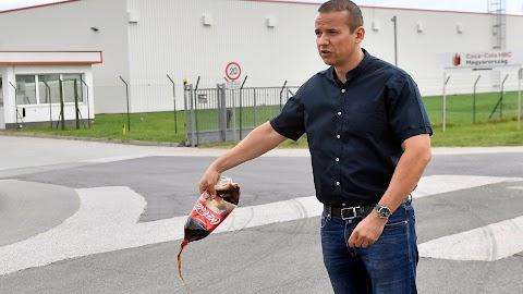 Toroczkai László nem iszik többé a Coca-Cola termékeikből