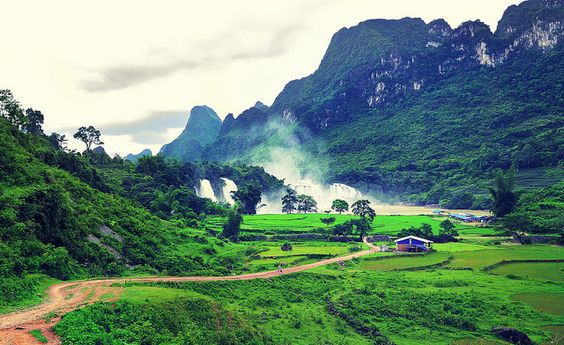 Mau Son Mountain -  the roof of the Northeastern Vietnam