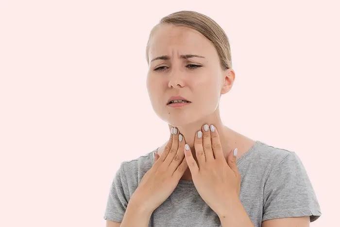 cara mengatasi radang tenggorokan secara alami