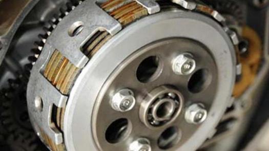 Penyebab Sepeda Motor Alami Selip Kopling