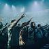 12.000 jovens estudantes se reúnem para louvar a Jesus em estádio dos EUA