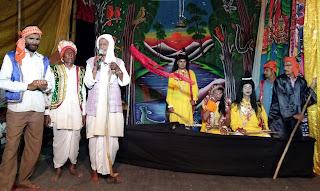 Jaunpur News : गोपीपुर रामलीलाः राम-केवट संवाद सुनकर लोग हुये भाव-विभोर
