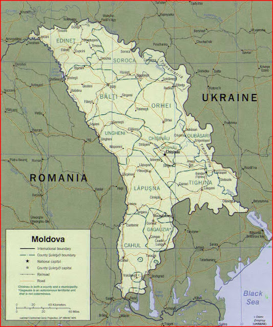 Gambar Peta politik Moldova 2001