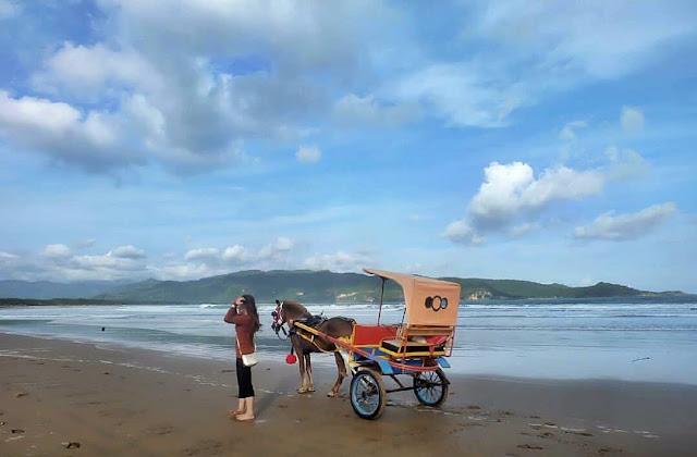 Pantai Teleng Ria Pacitan: Lokasi, Rute, dan Harga Tiket