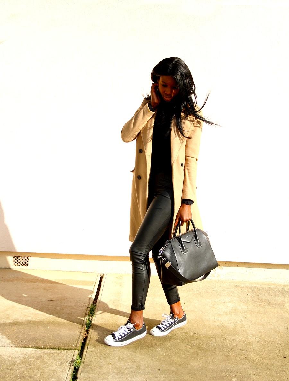 GIvenchy-antigona-manteau-camel-legging-cuir-converse