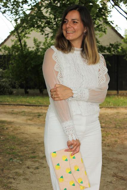 total look blanc, pantalon en velours, les petites bulles de ma vie