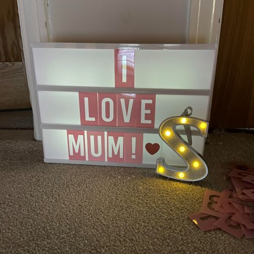 light box with words i love mum