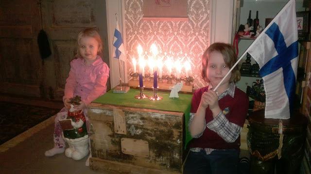itsenäisyyden juhlintaa perheessä