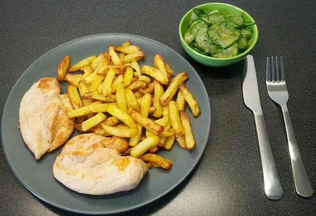 Chicken Breast with Potato Chips
