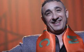 Le chanteur Marocain Senhaji victime de chantage avec une vidéo de sa nudité.