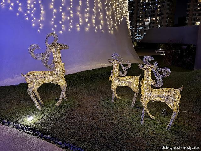 48376923 1070125173194574 4327411118176731136 n - 台中國家歌劇院空中花園點燈囉!趕緊把握聖誕節與跨年夜晚來浪漫一下吧!