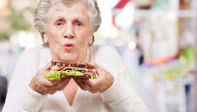 Dua Belas Jenis Makanan Yang Berpotensi Menyebabkan Penuaan Dini