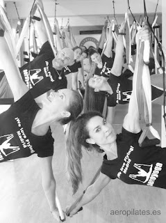 espana-aeropilates-official-te-ofrece-cursos-aero-pilates-columpio-yoga-fitness-2018-clases-escuelas-negocios-diploma-certificacion-seminarios-talleres-enelaire-trapeze-hamaca-hamac-deporte-fisica-fisio-coaching-terapias-tendencias-rafael-martinez
