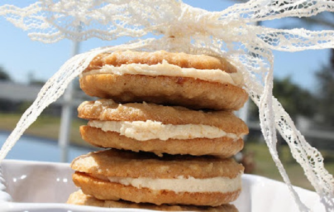 this is the famous knockoff cookie that Girl Scouts sell. I made a homemade version of these oatmeal cremes also known as dosidos
