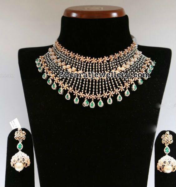 Grand Diamond Set with Emerald Stone Drops