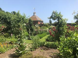 Gunby Garden
