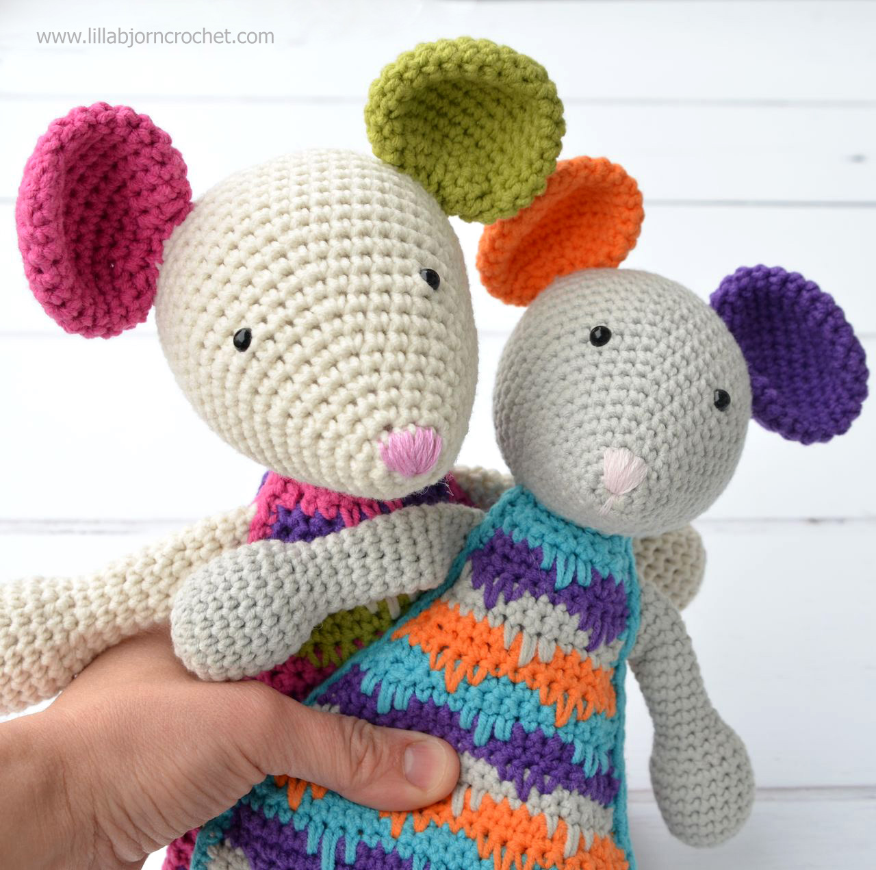 Let me introduce: Lisa the Mouse (new crochet amigurumi pattern ...