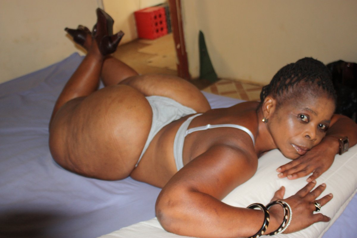 Xxx lesiban shimale black com